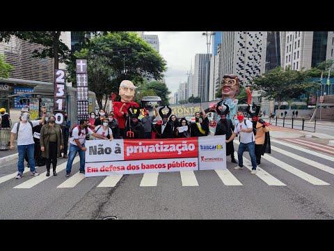 Protesto durante apresentação dos lucros do BB - Av. Paulista / SP
