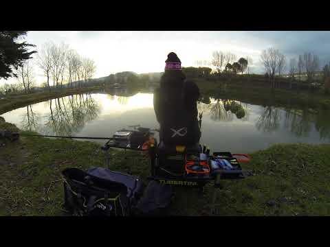 La pesca su una carpa nella primavera