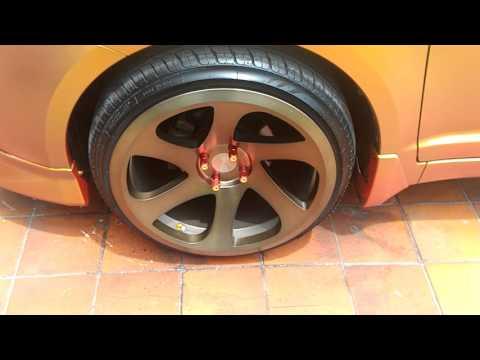 Suzuki swift jdm avid wheels lowered 18x9.5 stretch tires dip paint