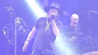 AC/DC feat Axl Rose - Hell's Bells  Sep 2 2016 Atlanta