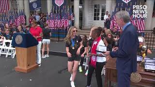 WATCH: U.S. women's soccer team receives keys to New York City after 2019 World Cup win
