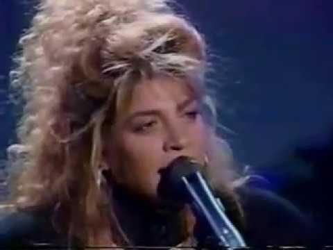TAYLOR DAYNE - I'LL ALWAYS LOVE YOU (Rare Live 80s w / lyrics)