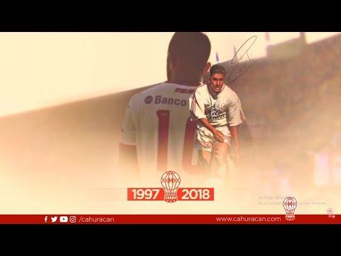 Homenaje del plantel al Rolfi Montenegro