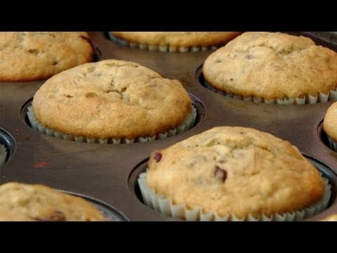 Banana and Chocolate Chip Muffin Recipe – by Laura Vitale – Laura in the Kitchen Ep 131