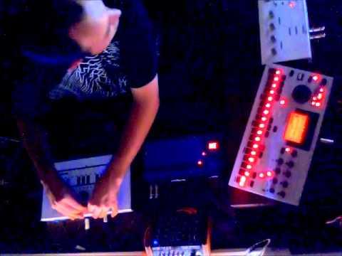 Junglemire - Live Electronica 4