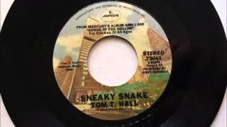 Sneaky Snake , Tom T  Hall , 1974 Vinyl 45RPM
