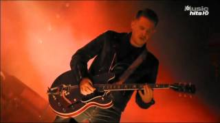 Arctic Monkeys - This House Is A Circus @ Rock En Seine 2011 - HD 1080p