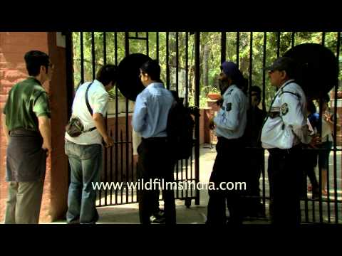 Ramjas College video cover2