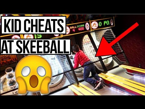 KID CHEATING AT THE ARCADE SKEEBALL GAME!
