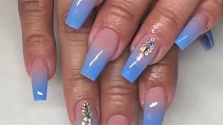 white and nude ombre nails - मुफ्त ऑनलाइन वीडियो