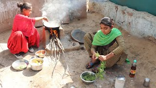 Little village girls cooking food💕RURAL life of INDIA💕Village life of INDIA💕villager lifestyle