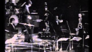 Píšťala a hůl  -  Karel Gott