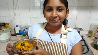 Chicken Curry with Pooja