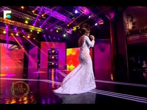 """الفنانة شيرين عبد الوهاب تغني """"قلة النوم"""" على مسرح الـ Murex D'or"""