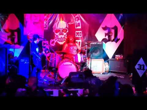 """Genghis Crack - Olimpiada de los fumones - Live """"Birthday lolo"""" #31"""
