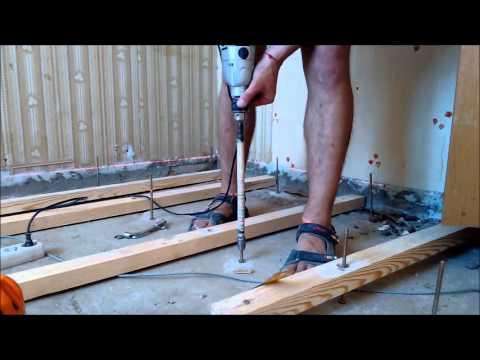 Регулируемые фанерные полы на деревянных лагах, регулируемые опоры для выравнивания полов.
