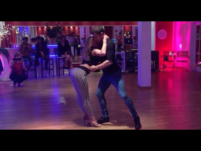 Kiko & Christina - Kadebostany - Crazy In Love