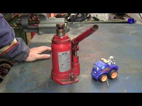 Hydraulic Jack Service 1/2 - Revisione Martinetto Idraulico 1/2