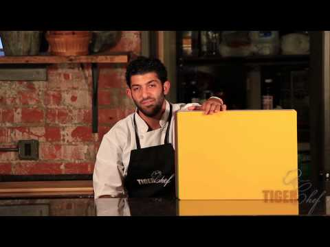 Cutting Boards Review: Wood and Plastic Cutting Boards