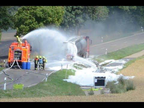 Brennender Tanklastzug