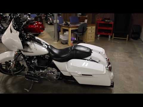 2017 Harley-Davidson Street Glide® Special in New London, Connecticut - Video 1