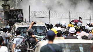 Świadkowie: Dwóch protestujących umiera z powodu ran postrzałowych w Myanmarze