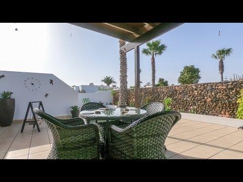2 Bedroom  House / Villa video
