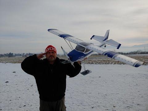 avios-grand-tundra-1700mm-sports-model-pnf-skis-test-flight-on-snow