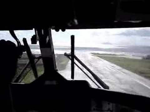 9 Crazy Plane Landings