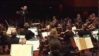 Mozart: Sinfonie C-Dur KV 551 (»Jupiter«) ∙ hr-Sinfonieorchester ∙ Paavo Järvi