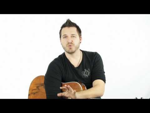 How to Play an E Bar Chord on Guitar (7th Fret)
