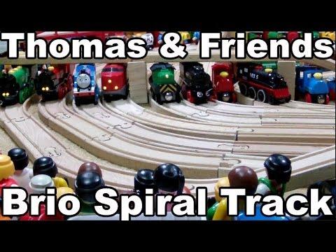 Thomas and Friends Wooden Train BRIO Wooden Railway System / BRIO Holz Eisenbahn Kinderkanal