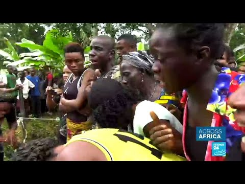 Cameroon anglophone crisis: refugees mourn deaths