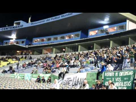 """""""HINCHADA DE RACING CLUB DE MONTEVIDEO VS PEÑAROL CLAUSURA 2012"""" Barra: La Banda de la Estacion • Club: Racing de Montevideo • País: Uruguay"""