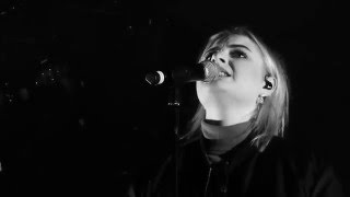 Låpsley - Hurt Me (HD Live at Paradiso Noord Amsterdam, 4 Apr 2016)