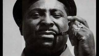 """Video thumbnail of """"Albert King - I'll Play the Blues for You, Pts. 1-2 (extended version)"""""""