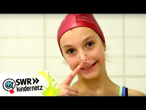 Anstrengendes Training - Reporterin Alina beim Synchronschwimmen | Tigerenten Club | SWR Kindernetz