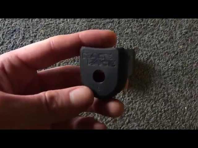 Видео Защита шатунов RaceFace Crank Boot 2-pack medium бирюзовая