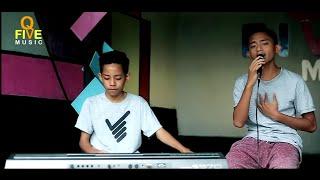 Download lagu Exist Mencari Alasan Dodi Hala Mp3