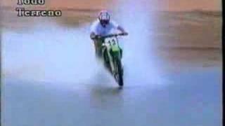 Die besten 100 Videos Motocross Motorräder fahren auf dem Wasser