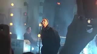 Liam Gallagher Performing 'Shockwave' (Hackney Round Chapel, 05062019)