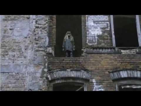 Trilogia II: I skoni tou hronou ( Η Σκόνη του Χρόνου )