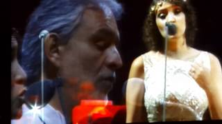 Andrea Bocelli y Gaby Moreno en Guatemala