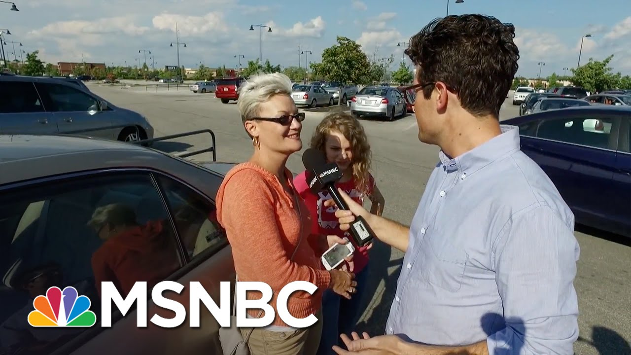 Why Hillary Clinton Has To Win Over 'Walmart Moms' | MSNBC thumbnail