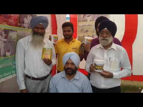 Dr. Ramandeep Singh Giving Information About the Products of Gurdial Singh