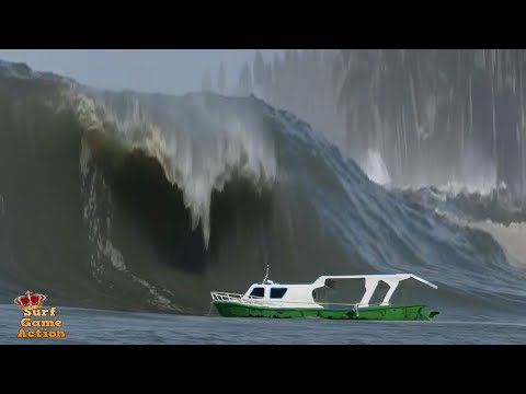 Boats Caught Inside Massive Waves 3