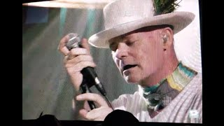 The Tragically Hip - Riding the wave of emotion and going DEEP