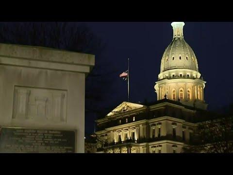 Gov. Whitmer, Legislature reach deal on COVID restrictions, budget