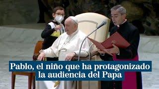 Pablo, el niño que ha protagonizado la audiencia del Papa Francisco por querer quitarle el solideo