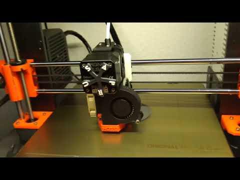 Wie wird so ein Becherhalter eigentlich gedruckt?